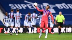 Indosport - Bek Chelsea, Thiago Silva, berharap bisa menghadapi AC Milan di Liga Champions musim depan.