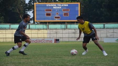 Para pemain PSMS Medan diminta untuk lebih mengontrol emosi jelang bergulirnya Home Tournament Liga 2 2020. - INDOSPORT