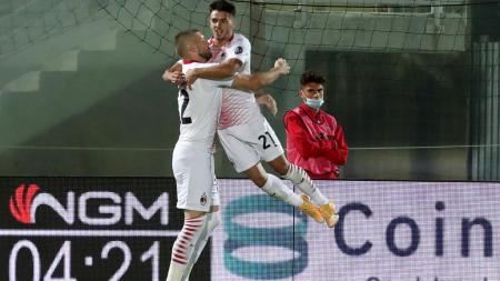 Selebrasi Brahim Diaz usai mencetak gol dalam laga Crotone vs AC Milan - INDOSPORT