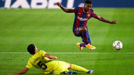 Meski tampil gemilang di laga LaLiga Spanyol Barcelona vs Villarreal, Senin (28/09/20), Ansu Fati gagal menjadi man of the match hanya karena masalah umur. - INDOSPORT