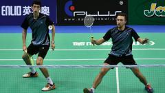 Indosport - Khaitmurat Kulmatov dan Artur Niyazov, pemain bulutangkis asal Kazakhstan.