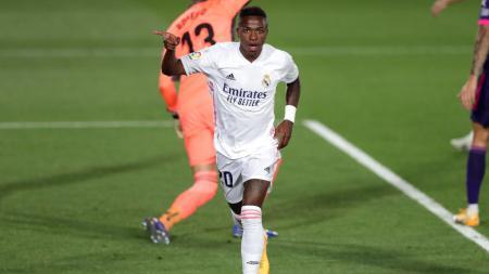 Vinicius Junior menjadi aktor utama di balik kemenangan tipis Real Madrid atas Valladolid dalam lanjutan pekan keempat LaLiga Spanyol 2020/21. - INDOSPORT