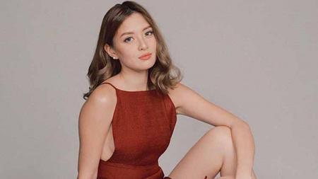 Arra San Agustin, aktris cantik Filipina tunjukkan aksi menawan saat olahraga diving. - INDOSPORT
