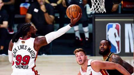 Jae Crowder berhasil menambah angka bagi Miami Heat saat menghadapi LA Lakers di game kedua partai final NBA 2019/20.