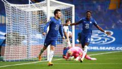 Indosport - Baru saja menjalani debut bersama Chelsea di Liga Inggris, Ben Chilwell langsung menorehkan catatan manis dan sukses mengantarkan The Blues meraih kemenangan.