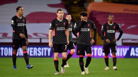 Jurgen Klopp harus putar otak karena krisis bek dalam skuatnya semakin parah jelang pertandingan Ajax vs Liverpool di Liga Champions. - INDOSPORT