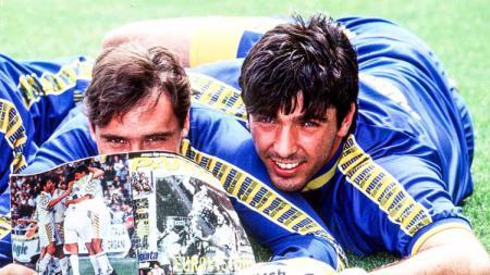 Enrico Chiesa dan Gianluigi Buffon saat masih membela Parma. - INDOSPORT