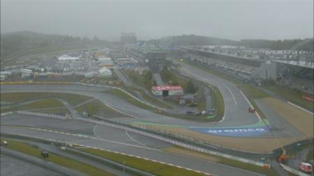 Dilanda cuaca buruk, Free Practice 1 (FP1) F1 GP Eifel yang rencananya akan dilangsungkan di Sirkuit Nurburgring, Jerman, batal digelar. - INDOSPORT