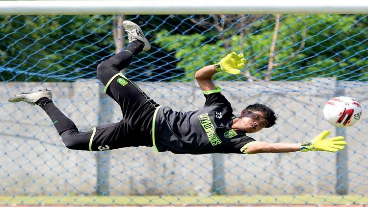 Kontrak Panjang hingga 2025, Kiper Masa Depan Persebaya Singgung Liga 1