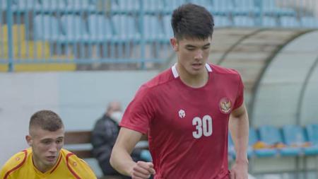 Timnas Indonesia U-19 kini tengah menjalani pemusatan latihan di Spanyol. Namun beberapa bintang Timnas U-19 ini masih berada di luar negeri. - INDOSPORT