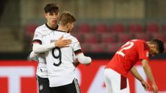 Indosport - Selebrasi Timo Werner dan Kai Havertz usai Jerman mencetak gol ke gawang Swiss pada laga lanjutan UEFA Nations League.