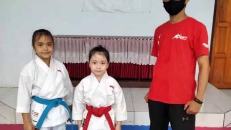 Karateka muda Sulut raih emas kejuaraan dunia di Filipina. - INDOSPORT