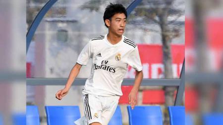 Sukses dengan Takefusa Kubo yang tampil impresif di LaLiga Spanyol musim 2019/20 kemarin, Real Madrid kembali berhasil temukan wonderkid anyar asal Jepang. - INDOSPORT