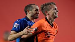Indosport - Pelatih Italia, Roberto Mancini mengaku kaget dengan perubahan taktik Belanda di laga ke-4 UEFA Nations League padaa Kamis (15/10/20) dini hari WIB.