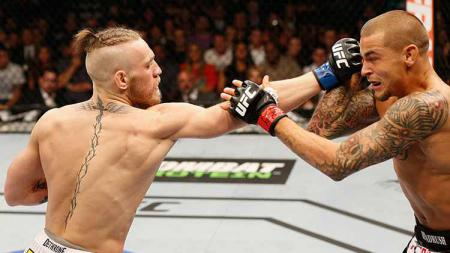 Conor McGregor vs Dustin Poirier - INDOSPORT
