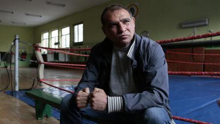 Nama Serafim Todorov mungkin tidak akan pernah dilupakan oleh petinju Floyd Mayweather. Pasalnya sosok itu pernah mengalahkannya. - INDOSPORT