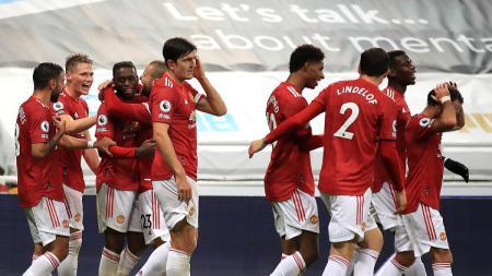 Inkonsistensi performa Manchester United belakangan ini justru bisa menjadi masalah bagi Chelsea dalam laga big match Liga Inggris 2020-2021 di Old Trafford. - INDOSPORT