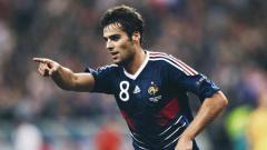 Indosport - Kabar Yoan Gourcuff, bintang sepak bola asal Prancis yang sempat digadang-gadang sebagai The Next Zinedine Zidane.