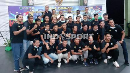 Tim Sepak Bola Jawa Timur. - INDOSPORT