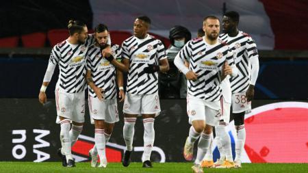 Terdapat tiga fakta luar biasa usai Manchester United mengalahkan Paris Saint-Germain (PSG) dengan skor 2-1 di Liga Champions, Rabu (21/10/20) dini hari WIB. - INDOSPORT