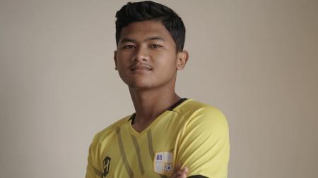 Pemain muda Ardiansyah Pramesthu baru saja mengikat kontrak dengan tim sepak bola Barito Putera. - INDOSPORT
