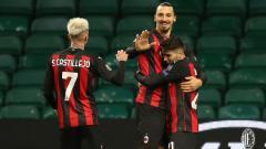 Indosport - Skuad AC Milan merayakan gol ke gawang Celtic pada laga Liga Europa, Kamis (23/10/20) dini hari WIB.