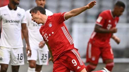 Selebrasi gol Robert Lewandowski di laga Bayern Munchen vs Eintracht Frankfurt - INDOSPORT