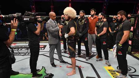 Usai pertarungan Khabib mengumumkan pengunduran dirinya di Octagon setelah kemenangannya atas Justin Gaethje dalam pertarungan di UFC Fight Island, Abu Dhabi, Uni Emirat Arab.