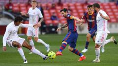 Indosport - Lionel Messi mampu pecundangi seluruh pemain Real Madrid seorang diri dengan rekor gila bareng raksasa LaLiga Spanyol, Barcelona.