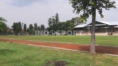 Indosport - Lapangan Kottabarat, Solo mulai bersolek dan berbenah menuju gelaran kompetisi bergengis Piala Dunia U-20 2021 mendatang.