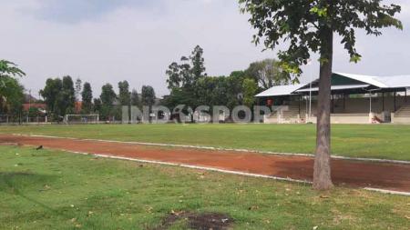 Lapangan Kottabarat, Solo mulai bersolek dan berbenah menuju gelaran kompetisi bergengis Piala Dunia U-20 2021 mendatang. - INDOSPORT