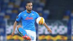 Indosport - Inter Milan dan AC Milan dikabarkan siap saling sikut demi mendapatkan pemain Napoli yang sedang tak bahagia saat ini.