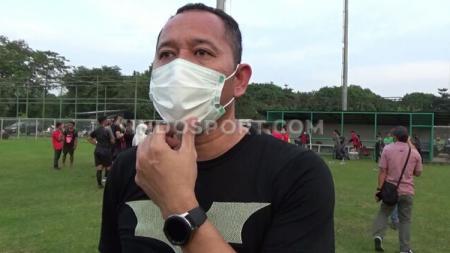 Direktur Teknik Sriwijaya FC, Indrayadi. - INDOSPORT