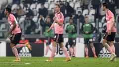 Indosport - Selebrasi gol Dejan Kulusevski dalam lanjutan Liga Italia Juventus vs Hellas Verona.