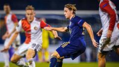 Indosport - Lovro Majer, pemain Dynamo Zagreb yang dipercaya sebagai The Next Luka Modric, menjadi incaran utama AC Milan dan Leeds United pada bursa transfer nanti.