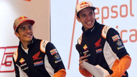 Pembalap MotoGP, Alex Marquez mampu menghibur para penggemarnya di media sosial dengan menunjukkan keterampilan juggling yang dimilikinya. - INDOSPORT