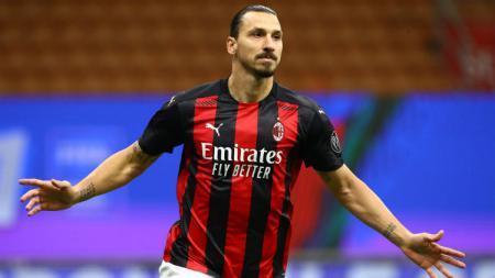 Selebrasi gol Zlatan Ibrahimovic dalam lanjutan Liga Italia AC Milan vs AS Roma. - INDOSPORT