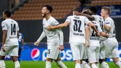 Indosport - Selebrasi pemain Borussia Monchengladbach usai mencetak gol di ajang Liga Champions