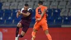 Indosport - Berikut hasil pertandingan matchday kedua Liga Champions antara Istanbul Basaksehir vs PSG, di mana dua gol Moise Kean membawa tim tamu menang 2-0.