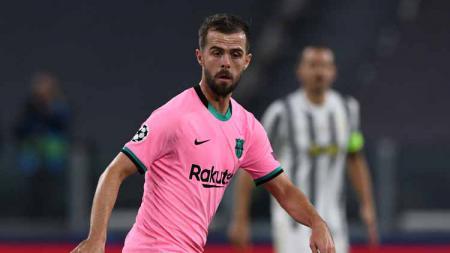 Miralem Pjanic dilaga Barcelona vs Juventus - INDOSPORT