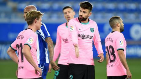 Gerard Pique di laga Alaves vs Barcelona dalam lanjutan LaLiga 2020/2021. - INDOSPORT