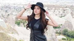 Indosport - Sarah Ahmad, kekasih pemain Timnas Indonesia Nurhidayat Haji Haris.