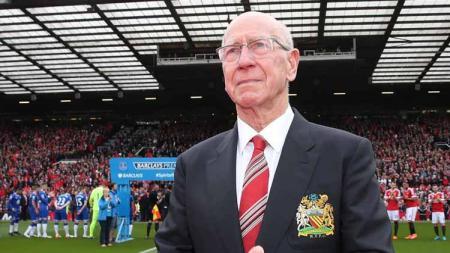 Sir Bobby Charlton, legenda pesepakbola Inggris dan Manchester United. - INDOSPORT