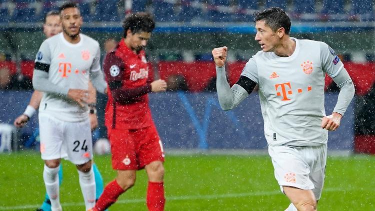 Ekspresi striker Bayern Munchen, Robert Lewandowski, usai mencetak gol ke gawang Red Bull Salzburg dalam pertandingan Liga Champions, Selasa (3/11/20). Copyright: Twitter Champions League