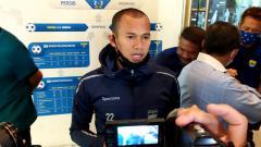Indosport - Kapten Persib, Supardi Nasir, saat ditemui di Graha Persib, Jalan Sulanjana, Kota Bandung, Selasa (3/11/20).