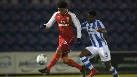 Bek klub Liga Inggris Colchester United, Al-Amin Kazeem, berhasrat bisa berlaga dalam ajang Piala Dunia U-20 2021 di Indonesia tahun depan bersama Timnas Nigeria. - INDOSPORT