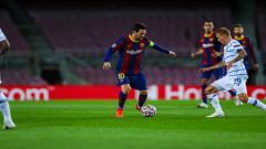Indosport - Kiper andalan Barcelona, Marc Andre Ter Stegen, berharap Lionel Messi bisa meneken kontrak baru dan bertahan.