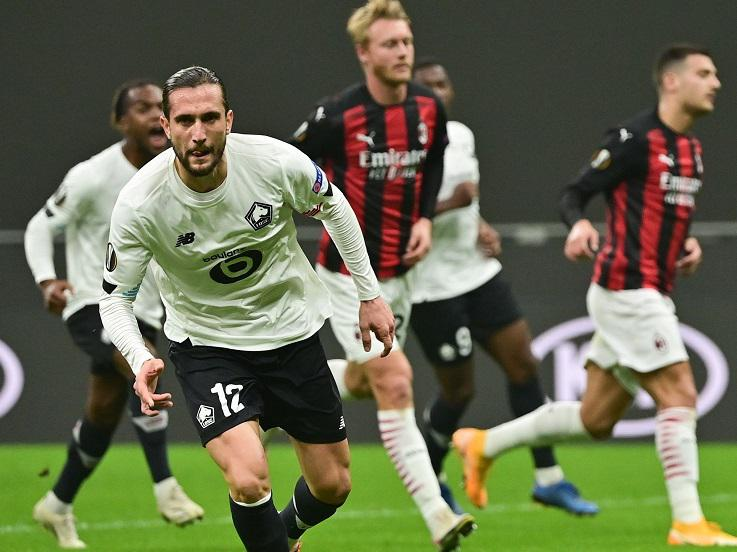 Ekspresi pemain Lille, Yusuf Yazici, usai mencetak gol ke gawang AC Milan dalam pertandingan Liga Europa, Kamis (5/11/20). Copyright: Twitter Europa League