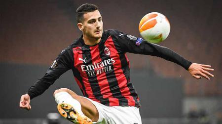 Diogo Dalot, pesepak bola AC Milan. - INDOSPORT