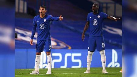 Thiago Silva dan Kurt Zouma. - INDOSPORT